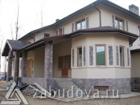 Двухэтажный коттедж с террасой